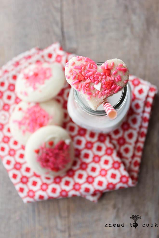 Valentine Almond Cookies.
