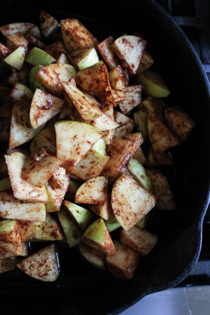 Easy Skillet Apple Crisp Bake Vegan Gluten Free